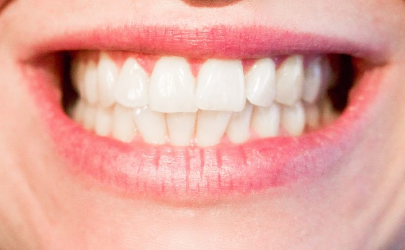 Aktualna technologia używana w salonach stomatologii estetycznej może sprawić, że odbierzemy piękny uśmieszek.