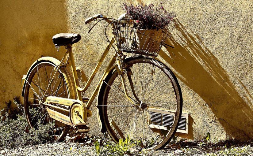 Każdy pasjonat jazdy rowerowej z pewnością oczekuje, aż wszelakie śniegi i lody zginą już w niepamięć.